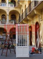 Egyedi ajtó csere Budapest belvárosában