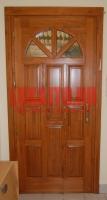 Műemlék jellegű bejárati ajtó Budapesten