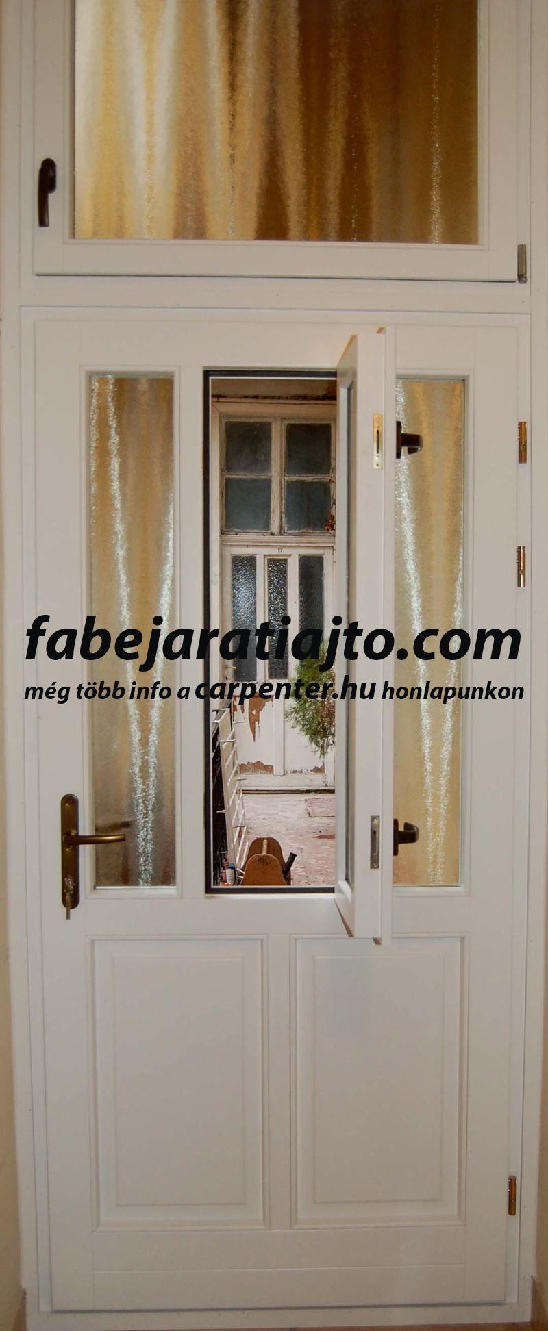 fehér színű fa bejárati ajtó