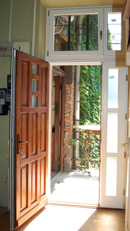 egyedi ajtócsere a 9.kerületben