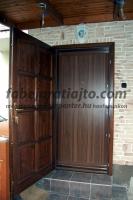 Bejárati ajtó ráépítés