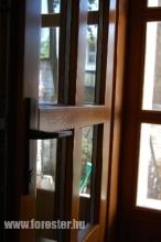 Dupla fa bejárati ajtó